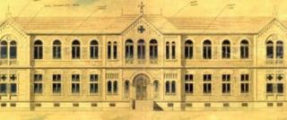 Desenho original do grande arquiteto Ramos de Azevedo, autor do projeto da construção da Santa Casa de Passos. Autor de outras importantes obras, como Teatro Municipal de SP, Mercado Municipal de SP e Pinacoteca de SP, dentre outras. Ramos de Azevedo era um dos mais conceituados e procurados arquitetos do país.