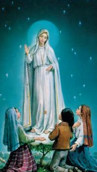 Imagem de Nossa Senhora ao aparecer para os 3 pastorinhos Francisco, Jacinta e Lúcia, em Fátima.