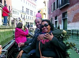 Passeio de gôndola - Veneza, Itália.
