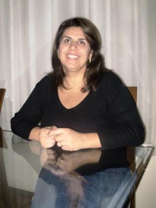A fonoaudióloga Hellen Rose Freire Oliveira Aquino.