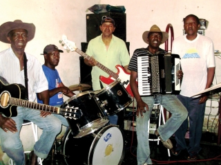 A partir da esquerda: Zé Roberto, Martelo, Miguel, Daniel e João Pedro.