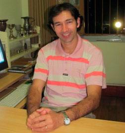 Padre Luiz Caetano Castro - responsável pela obra sócio educativa da Instituição.