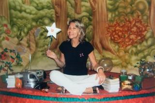 No ano de 2007, Regina Piotto narra a história de Chapeuzinho Vermelho.