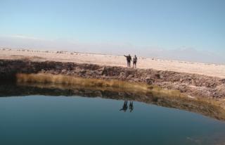 Ojos Del Vulcan no Deserto de Atacama na região da Laguna Cieja.