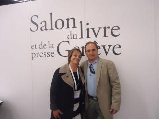 Deucélia Maciel e Carlo Montanari expõem e autografam livros no 27º Salão do Livro em Genebra, através do estande da VARAL DO BRASIL.