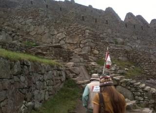 Cidade que é simbolo do Império Inca, é reconhecida pela beleza de suas montanhas, sendo que apenas 30% é de construção original, o restante foi reconstituído.