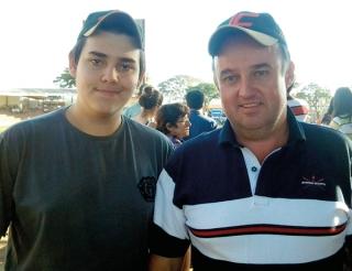 Jamil Rezende de Melo Junior (Juninho Carvalho) e seu filho Arthur Santos Rezende Melo, do Haras JC de Piumhi. Criador de Mangalarga há quatro anos.