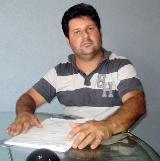 O Engenheiro Civil e professor Márcio Vilela Rodarte, com 7 anos de profi ssão.