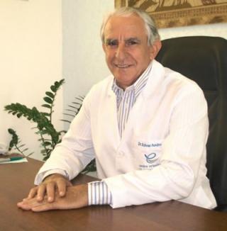 O ortodontista Dr. Edvar Batista de Andrade: 38 anos de carreira e 33 anos na especialidade. Foi o primeiro ortodontista de Passos.