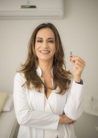 Dra. Audrey Lemos Faria Medicina Integrativa  Instagram: @clinica.integrativa