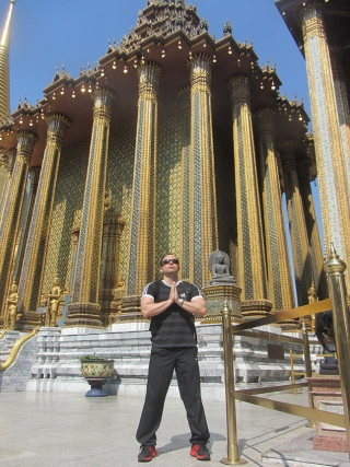 Templos de Bangkok - Arquitetura dos templos,  em Bangkok, absurdamente rica em detalhes.