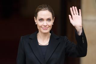 A mastectomia adotada por Angelina Jolie não é a única opção para quem é diagnosticado como portador de mutação nos genes BRCA 1 e BRCA 2.