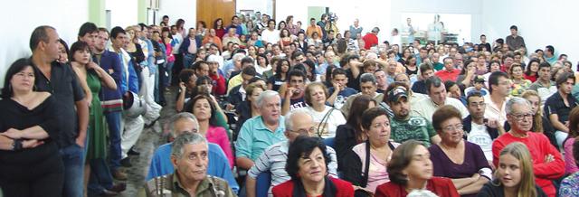 Público durante uma das apresentações.