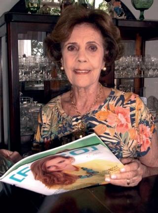 """Marina Célia Stockler Portugal: """"Em minha casa, a revista passa de mão em mão.�"""