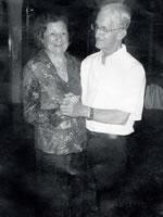 O Professor com o amor de sua vida, Dona Célia Freire de Melo.