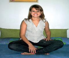 """A psicóloga e terapeuta morfoanalista Chênia Le Sénéchal Maia Arrouk: """"A dor é o sintoma que está escancarado nesta síndrome.�"""