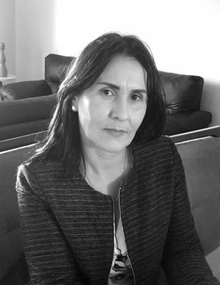 Leka Costa Pós-Graduação em Marketing - PUC/MG Assessoria - Cerimonial - Eventos  Instagram: @lekacostacerimonial