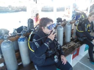 A preparação para o mergulho deve ser cuidadosa.
