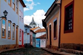 A arquitetura de cidades históricas, como São João Del Rei, evoca tempos de uma vida simples.