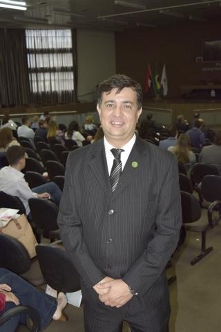 Dr. Cleuber Barbosa de Oliveira, de Passos, cirurgião oncológico, Presidente Regional Minas Gerais da SBCO e coordenador do Congresso.