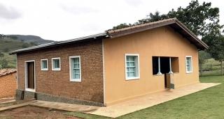 A antiga sede da fazenda de Ademar e Marisa após a obra de revitalização.