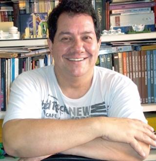 O arquiteto Cesar Tadeu Elias defende o fim dos estacionamentos na área central.