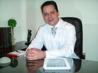 Dr. Diogo Almeida Lima - Cirurgião plástico