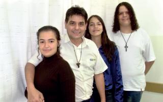 Jaqueline, Renato Maia de Oliveira - Coordenador, Gabriella e Dênis.