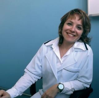 A fisioterapeuta Enza Vitória Portomeu, especialista em Neurologia adulto e infantil.