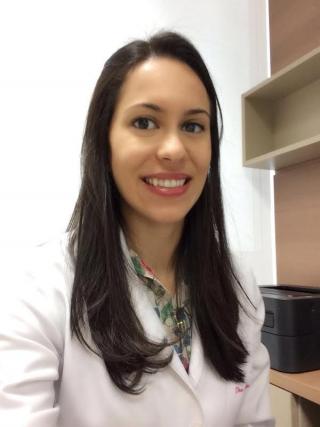 Dra. Elisa Brasileiro Piantino