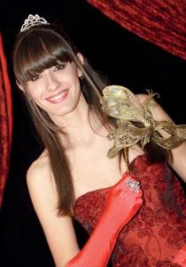 Laura Hellen