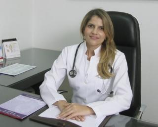 """A médica infectologista, Dra. Priscila Freitas das Neves Gonçalves: """"No momento, Passos está em meio a uma epidemia.�"""