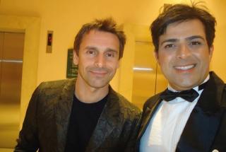 Com o ator Murilo Rosa, que estava no Conrad Casino. O local é visitado por celebridades de várias partes do mundo.
