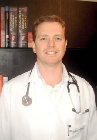 Dr. Glauco Piassi - especialista em cardiologia, hemodinâmica e cardiologia intervencionista.