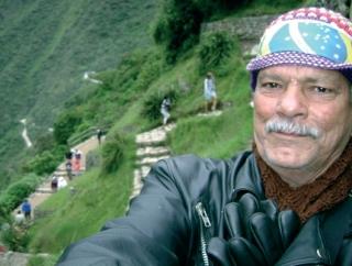 """Arlindo em Machu Picchu, e a emoção de conhecer A Cidade Perdida, que   ca a 2.400m de altitude do nível do mar. """"Parece que é uma cidade montada.�"""