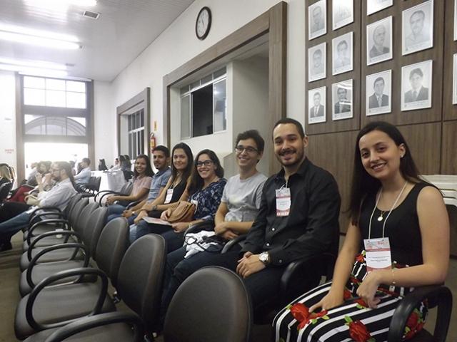 Estudantes de Medicina participando do congresso.