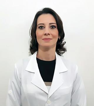 Dra. Michelli Barbara Pinto