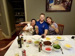 Almoço com sabor mineiro na casa da passense Ana Paula e seu marido, Steve.