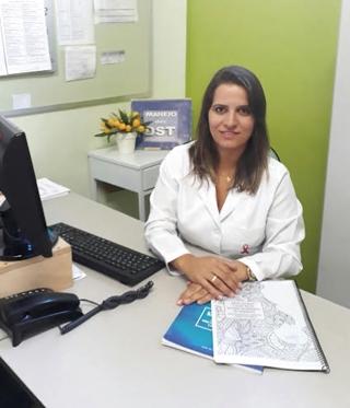 Cleide Queiroz coordenadora do Ambulatório Escola da Uemg.