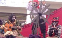 Trupe Ventania apresentou a peça Estórias de Pirata para os alunos da Creche Mizael Ferreira da Silva